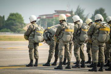 quintessential_Paratroopers Quintessentially